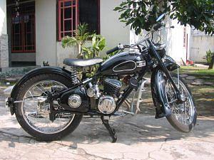 Adler M125 (1952-56)