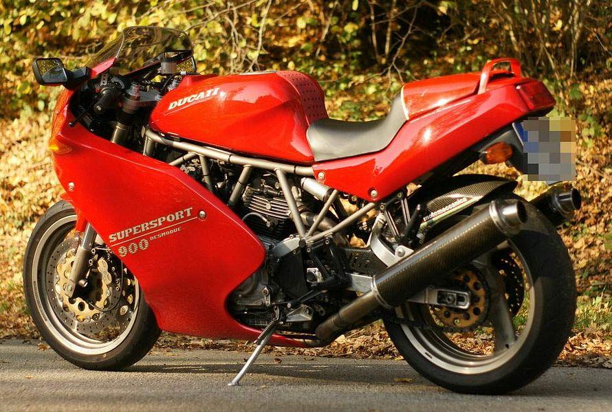 Ducati 900 SS Carenata (2001)