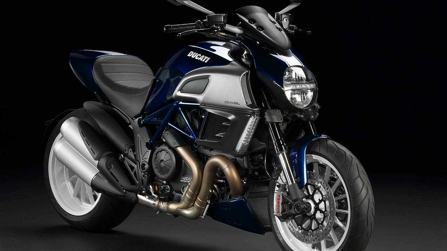 Ducati Diavel (2013)