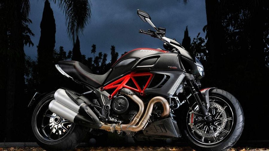 Ducati Diavel Black Diamond (2011)