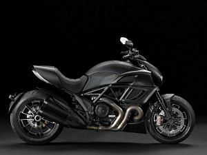 Ducati Diavel Dark (2013)