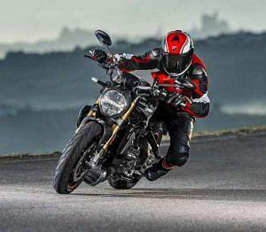Ducati Monster 1200S (2017-18)