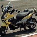 Gilera Nexus 500 (2003-06)