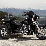 Harley-Davidson FLHTCUTG Tri Glide Ultra Classic (2015)