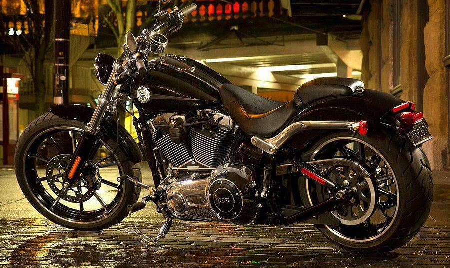 Harley Davidson FXSB Softail Breakout (2015)