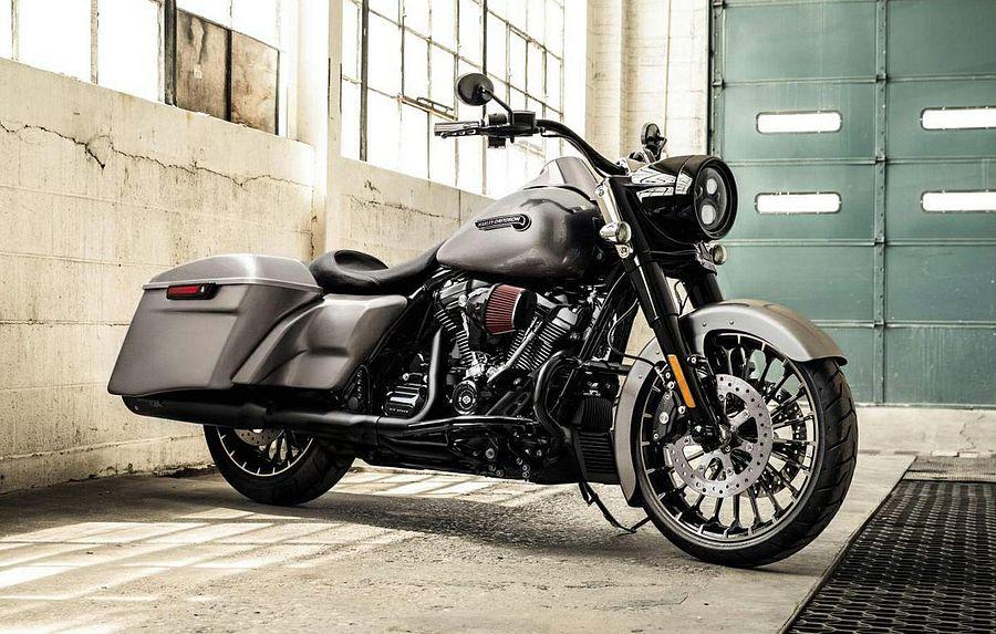 Harley Davidson FLHR Road King (2017-18)