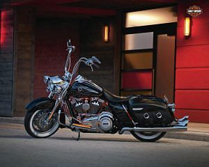 Harley Davidson FLHRS Road King Custom (2011)