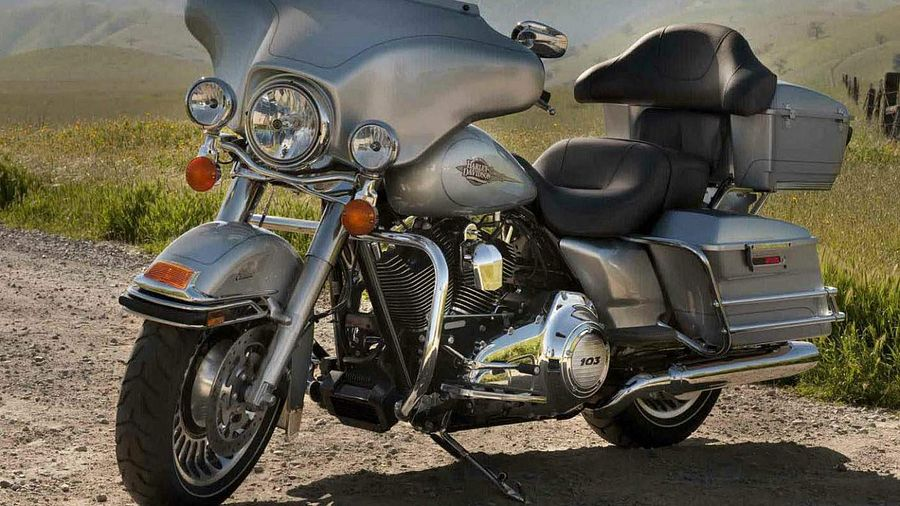 Harley Davidson FLHTC Electra Glide Classic (2012)