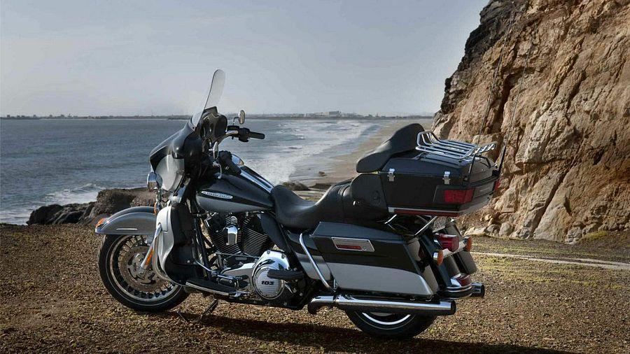 Harley Davidson FLHTK Electra Glide Ultra Limited (2012)
