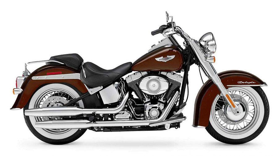 Harley Davidson FLSTN Softail Deluxe (2011)