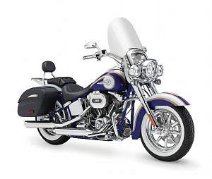 Harley Davidson FLSTN-SE Softail Deluxe CVO (2014)