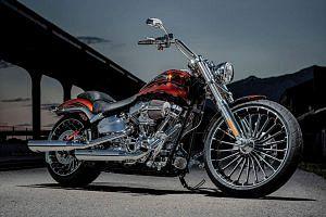 Harley Davidson FXSB-SE Breakout CVO (2014)