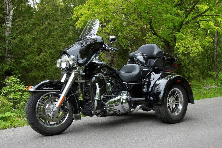 Harley-Davidson FLHTCUTG Tri Glide Ultra Classic (2009)