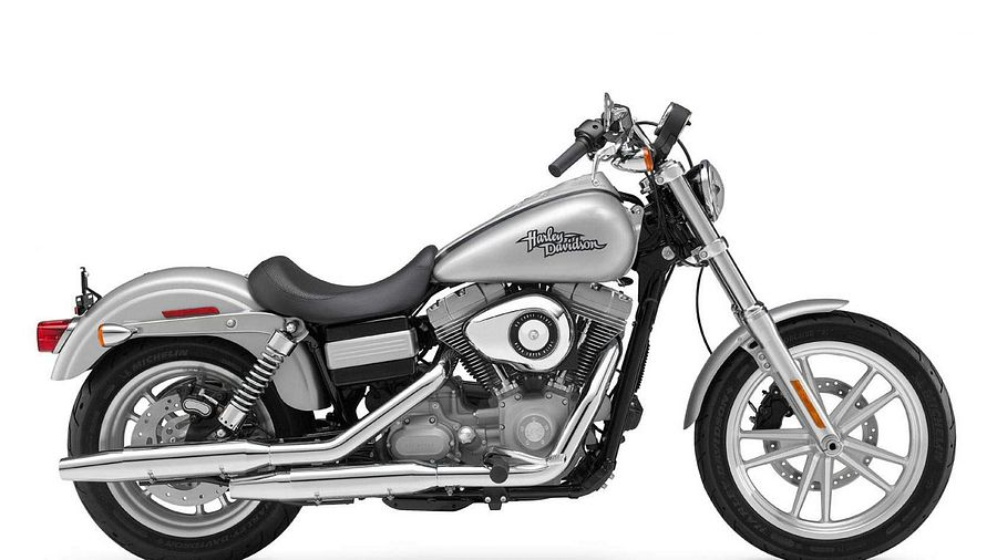 Harley Davidson XL1200C Sportster Custom (2009-10)