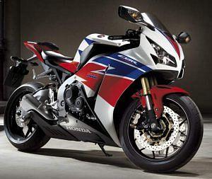 Honda CBR1000RR Fireblade (2013)