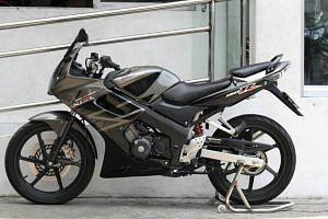 Honda CBR 150R (2008-10)