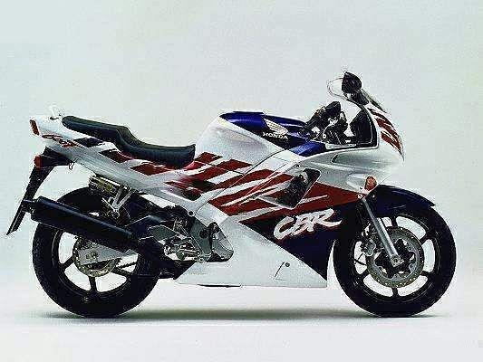 Honda CBR 600F2 (1993)