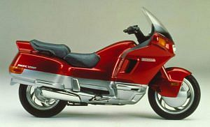 Honda PC Pacific Coast 800 (1989-92)