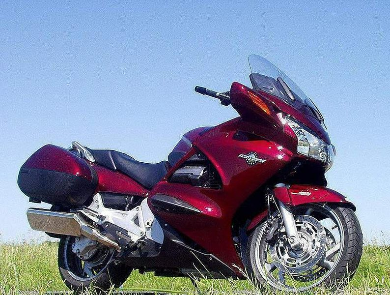 Honda STX 1300 Pan European (2005)