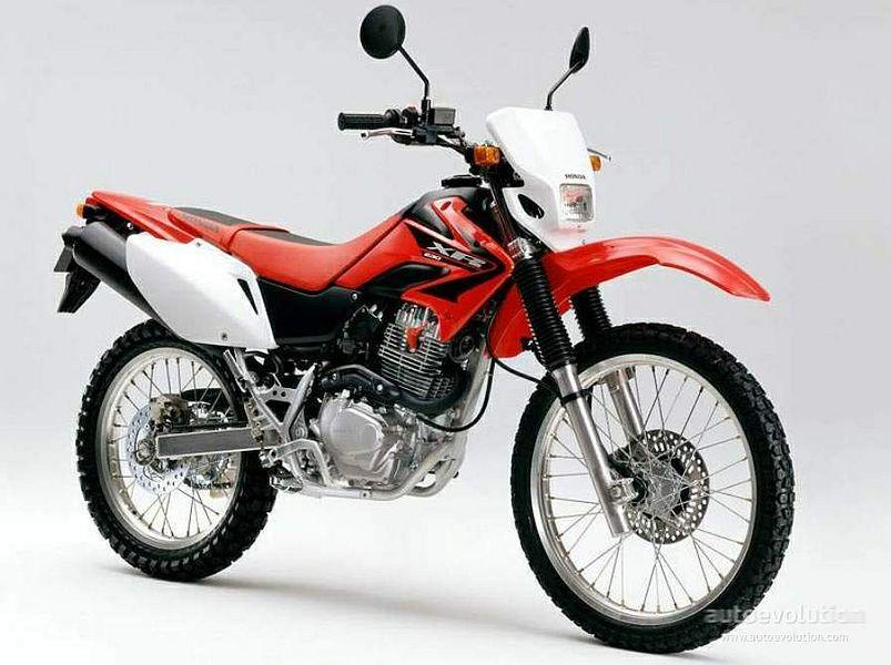 Honda XR230R (2010)