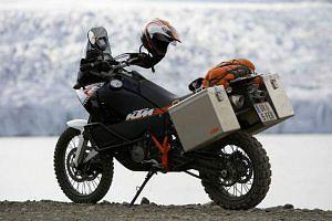 KTM 990 Adventure R (2010)