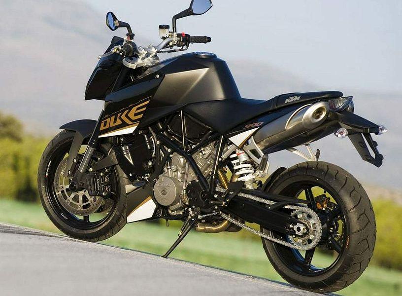 KTM 990 Super Duke (2011)
