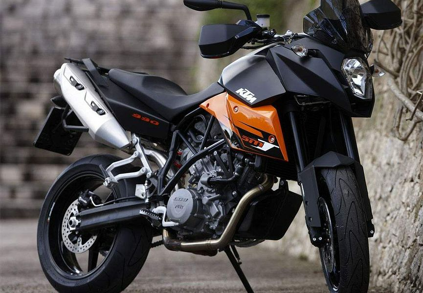 KTM 990 Supermoto T (2010) - MotorcycleSpecifications.com