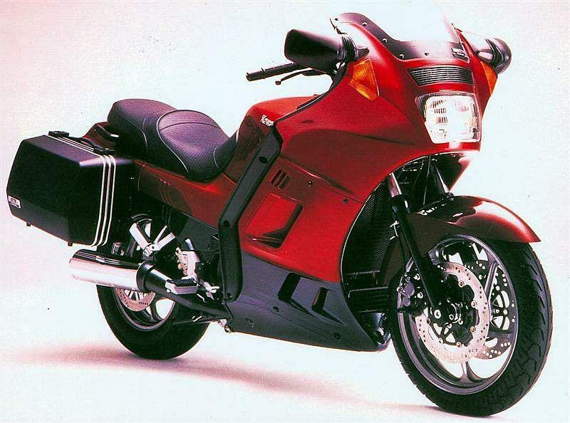 Kawasaki GTR1000 (1990-93)