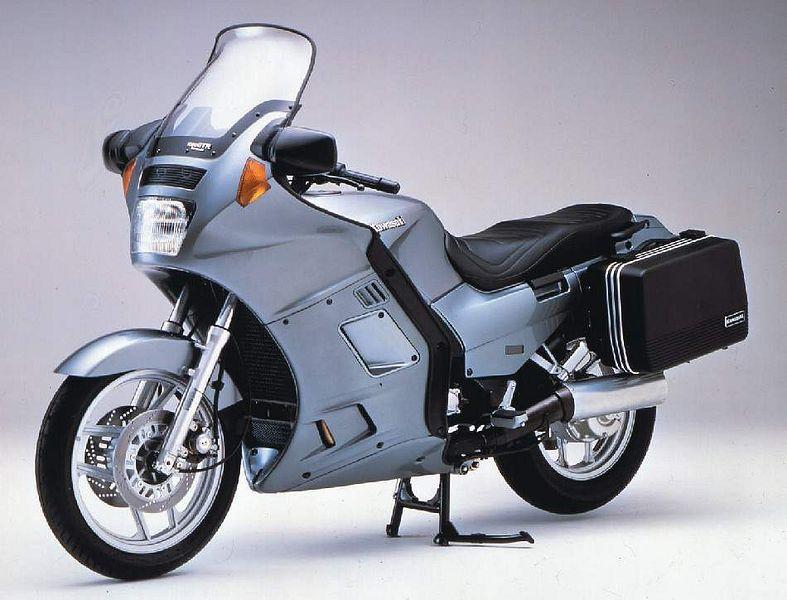 Kawasaki GTR1000 (1986-89)