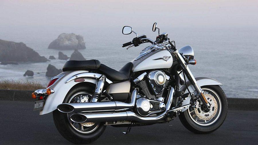 Kawasaki VN1700 Classic Tourer (2011-12)