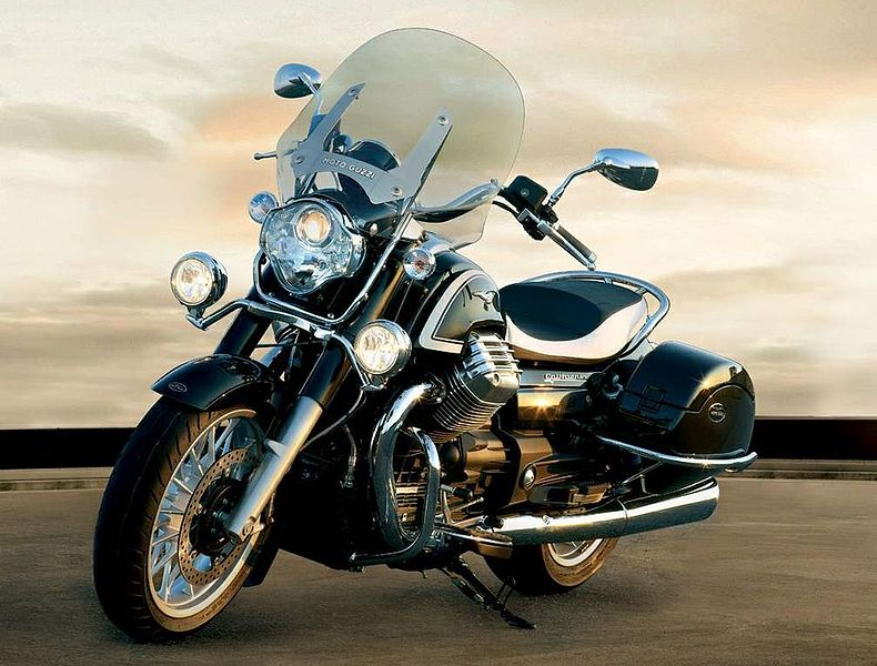 Moto Guzzi California 1400 Touring (2015-16)