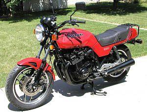 Suzuki GS1100E / GSX 1100E (1983)