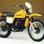 Suzuki PE 250 (1977-78)