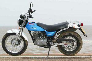 Suzuki RV125 VanVan (2003-06)