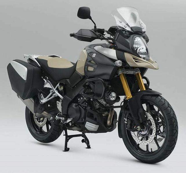 Suzuki V Strong 1000 Desert Editio (2015)