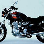 Triumph Adventure 900 (1996-97)