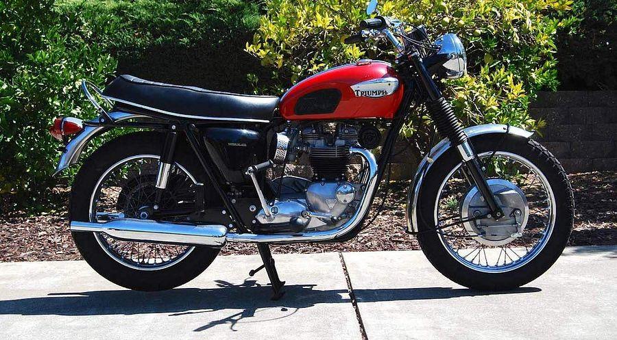 Triumph T120 Bonneville (1968)