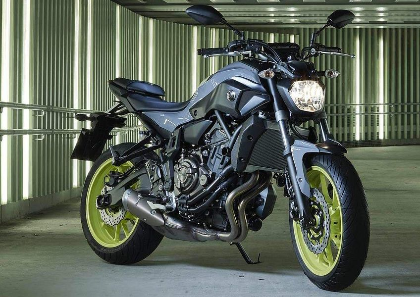 Yamaha MT-07 Moto Cage 'Night Fluo' (2016)