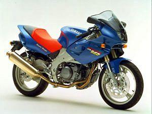Yamaha SZR660 (1995-97)