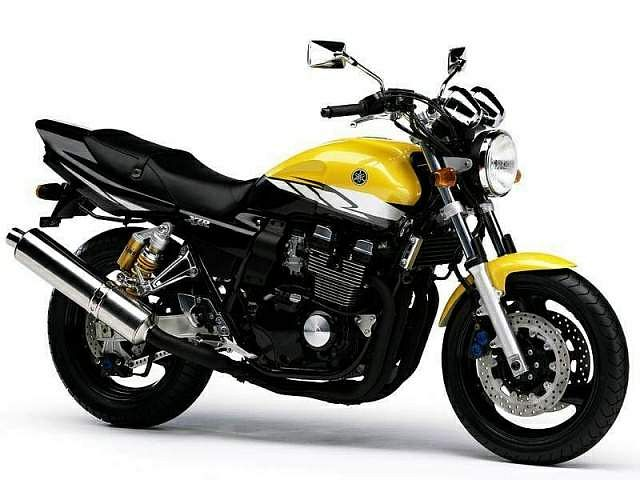 Yamaha XJR400R (2001-02)