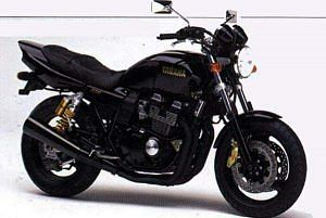 Yamaha XJR400R (1998-00)