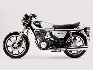 Yamaha xs750 (1976)