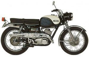 Yamaha YDS7 (1966-67)