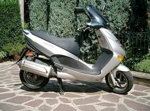 Aprilia Tuono 1000 (2003) - MotorcycleSpecifications com