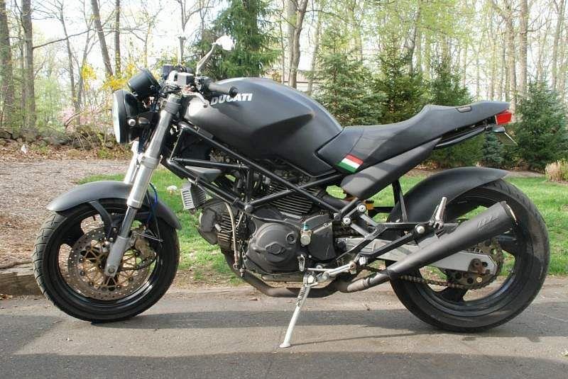Ducati Monster 750 Dark (1997)
