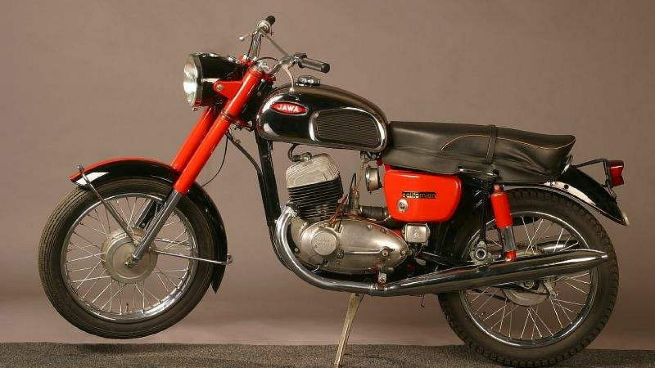 Jawa 350 (1970) - MotorcycleSpecifications com