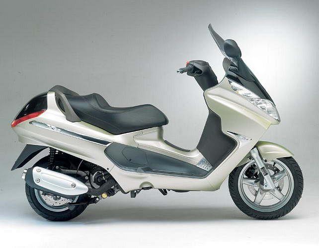 PIaggio X8 200 (2006)