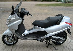 PIaggio X8 400 (2007)