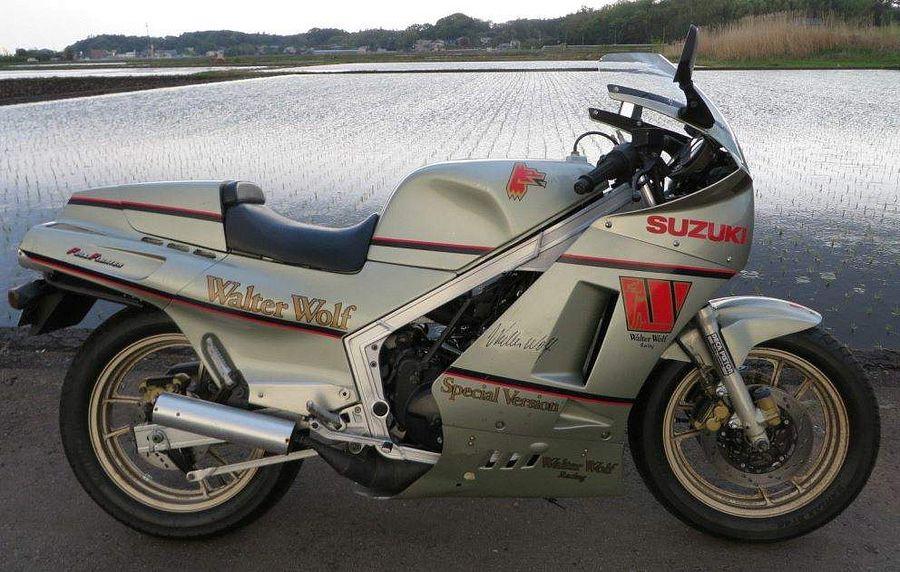 Suzuki RG 500 Walter Wolf (1987-88)